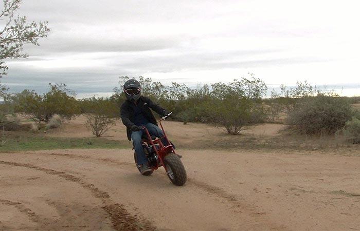 Мотоцикл для детей и взрослых.