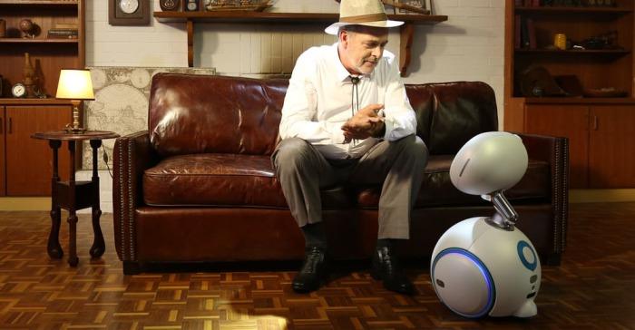 Новый семейный робот.