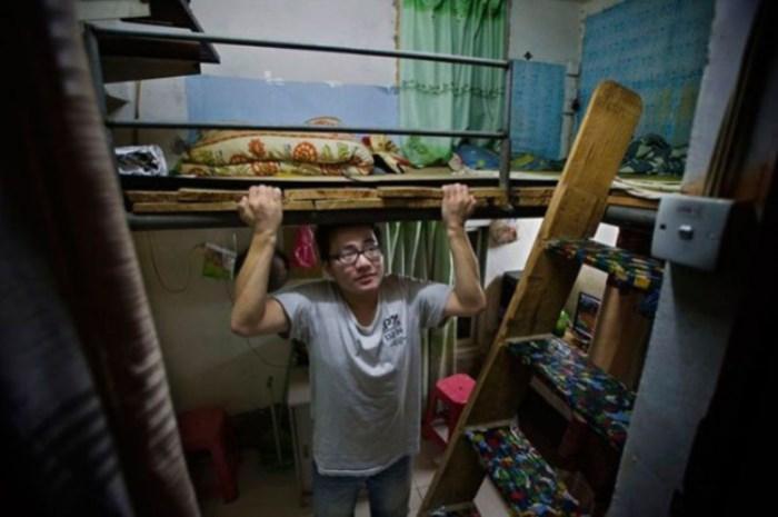 На нормальную квартиру честному китайцу придется трудиться 100 лет.