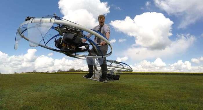 Самодельный летающий мотоцикл.