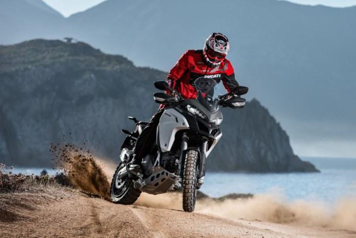 Новый настраиваемый мотоцикл Enduro.