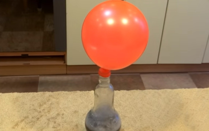Заставляем шарик летать без гелия.