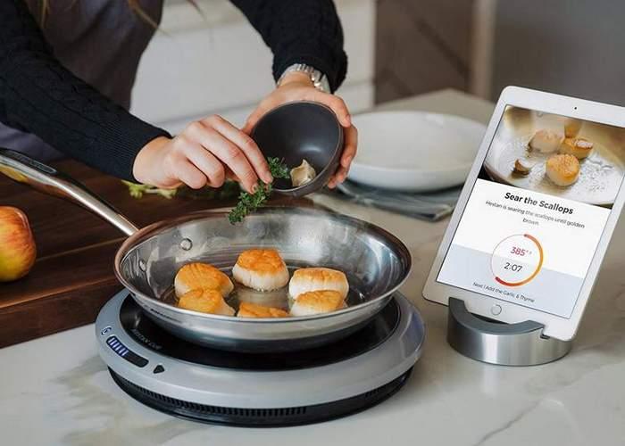 Умный кухонный девайс: «Hestan Cue Smart Cooking System».