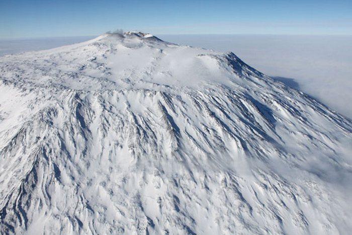 Осторожно! Смотреть под ноги! Ледниковые трещины и расщелины.