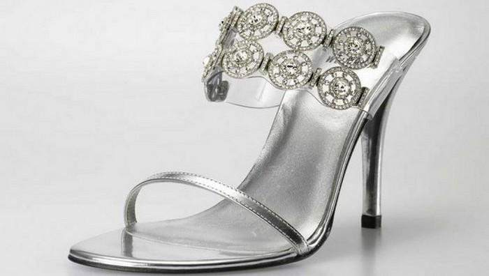 Туфли Stuart Weitzman Diamond Dream Stilettos.