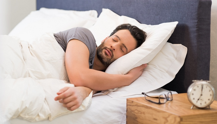 Полезные лайфхаки, которые помогут выспаться.