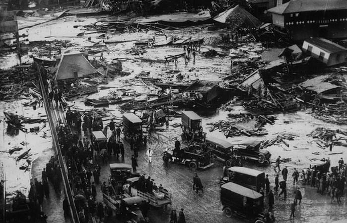 Странная катастрофа: затопление Бостона патокой.