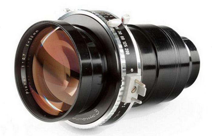 Объектив Carl Zeiss Planar 50mm f/0.7.