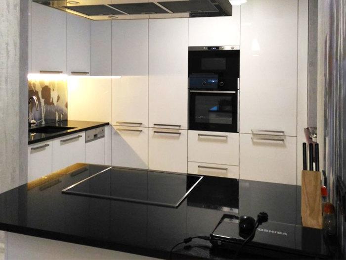 Современные кухонные решения.
