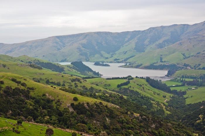 Новая Зеландия - прекрасная экология и гарантированная пенсия.