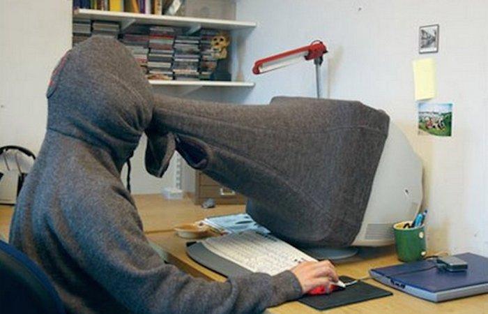 Нелепый гаджет: компьютерный шарф конфиденциальности.
