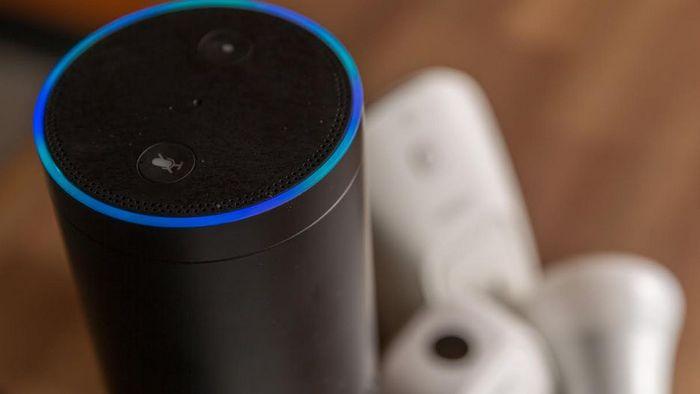 Смарт-динамик Alexa - это голосовые заметки/напоминания.