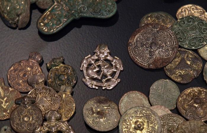 Древняя торговля: ирландские изделия из привозного золота.