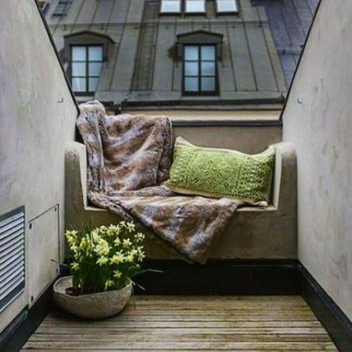 Выбор подушек для балкона - серьёзное дело.