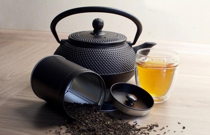 Чай с бергамотом поддержит необходимый уровень гидратации.