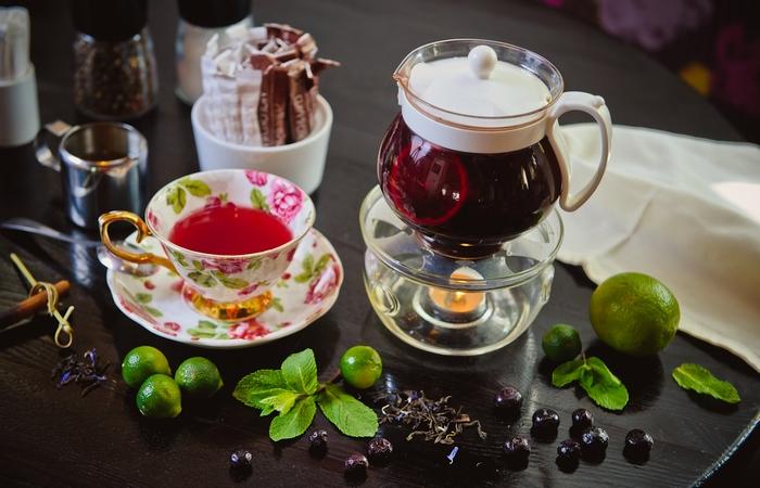 Чай с бергамотом и черникой.