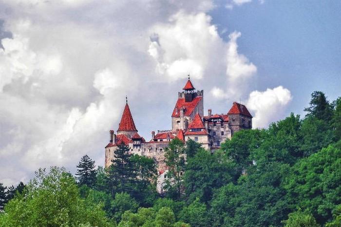 Свадьба в замке Дракулы? Почему бы и нет!