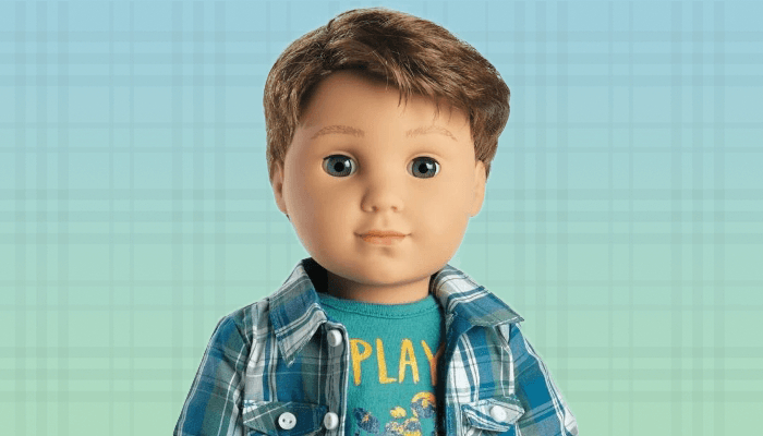 Логан Эверетт - первый мальчик среди кукол American Girl.