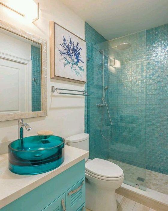 Такая раковина станет ярким и нетривиальным акцентом в интерьере ванной.