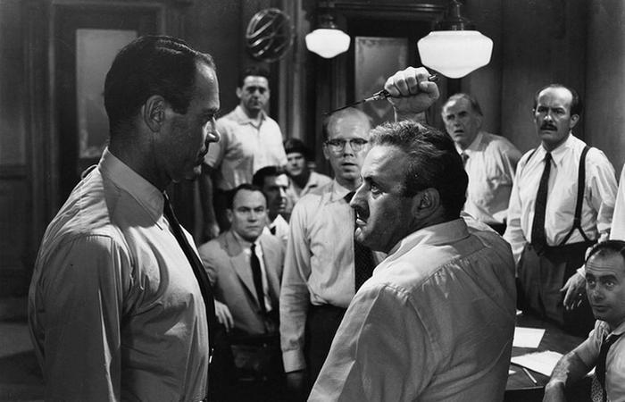 Кадр из фильма «12 разгневанных мужчин».