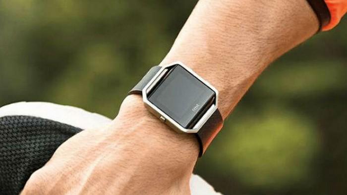 Свежий гаджет: часы «Fitbit Blaze».