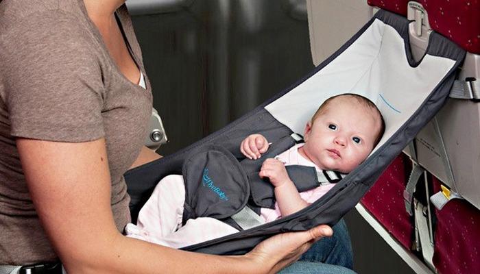 Мягкий гамак Flyebaby Airplane Baby Comfort System.