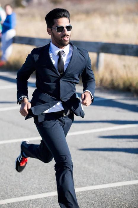 Марафон -<br> прекрасный способ проверить деловой костюм в экстремальных условиях.