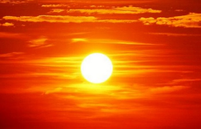Белое Солнце Земли.