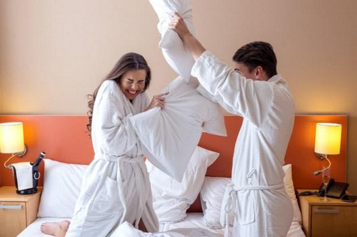 Битва на подушках и другие невероятные услуги отелей.