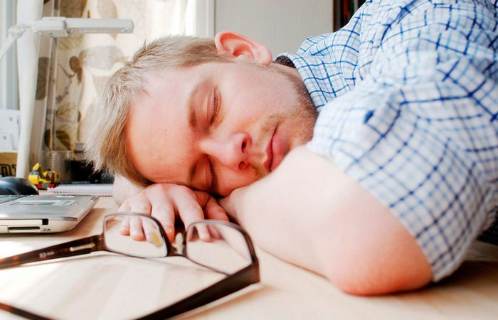 Дремота: спать 15 - 45 минут.