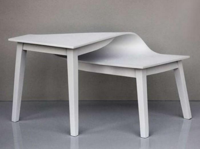Скрученный стол.