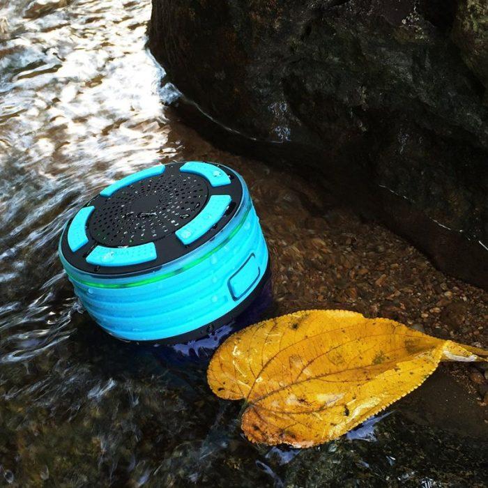 Wireless Bluetooth Speaker -  музыка под водой.