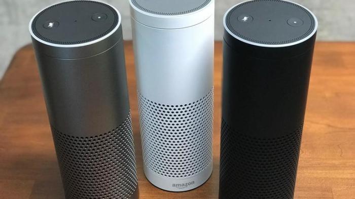 Amazon Echo Plus - колонки как центр управления домом.