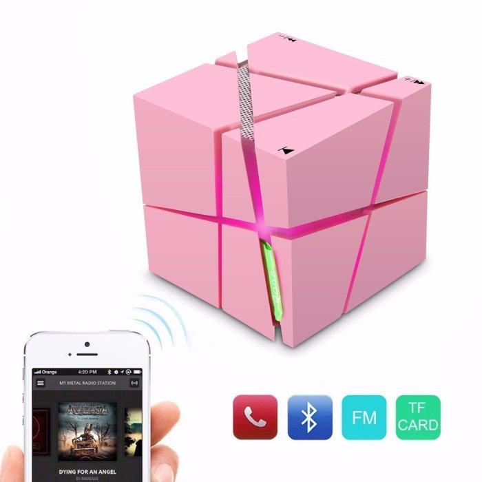 ELEGIANT Led Wireless Cube: куб, который подключается к интернету.