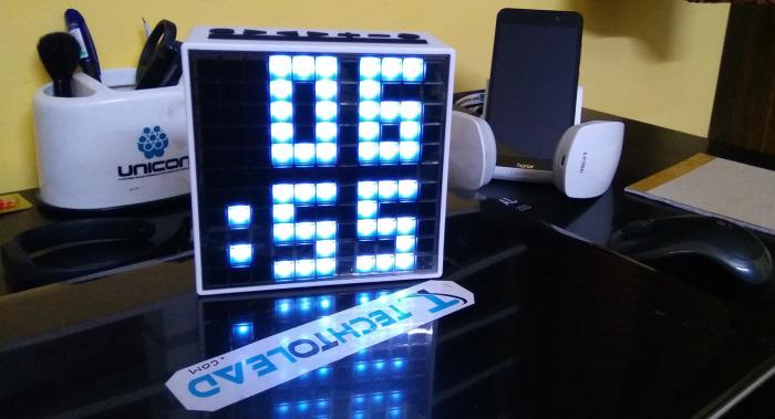 Divoom Timebox - динамик, микрофон, будильник и всё, всё, всё.