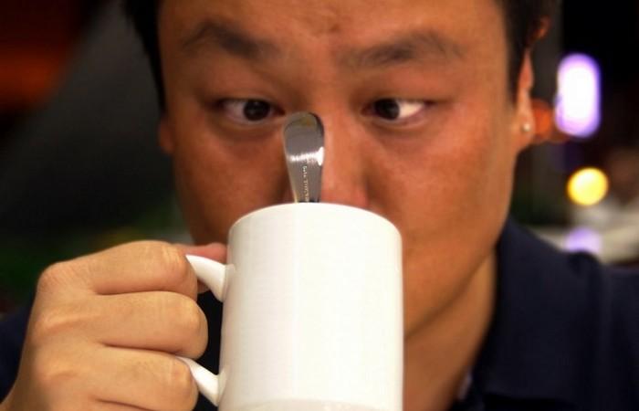 Причина расставания: чайная ложка.