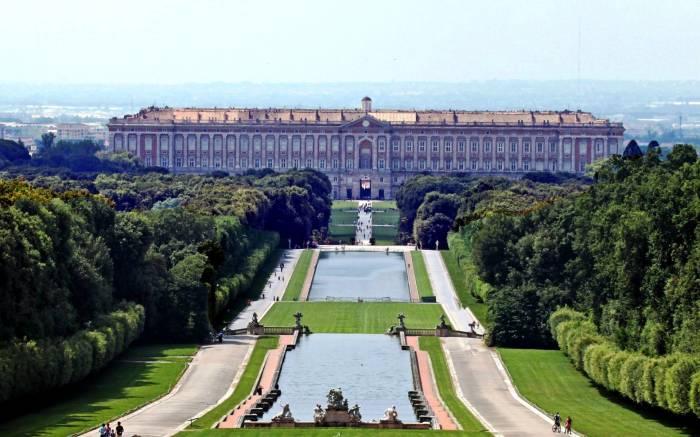 Дворец в Казерте, Казерта, Италия.