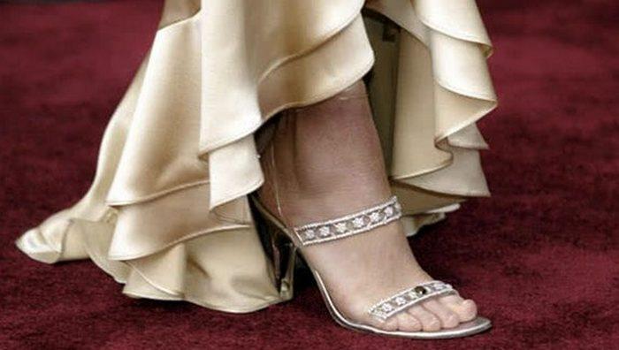Туфли Stuart Weitzman Cinderella Slippers.