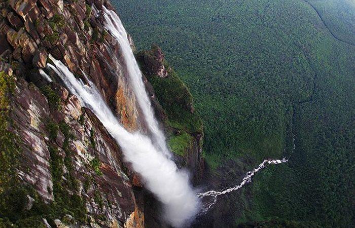 Экстремальное место: водопад Анхель.