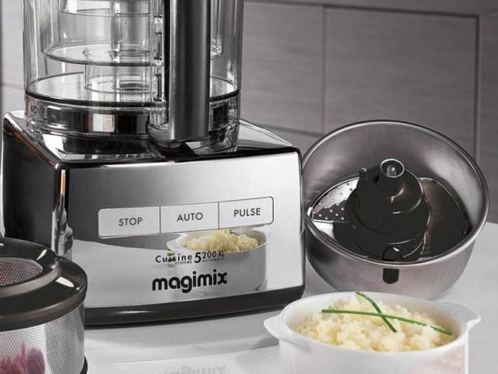 Кухонный комбайн «Magimix 5200XL».