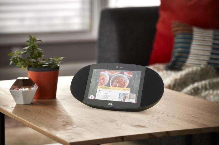 JBL Link View - устройство для любителей медиа.