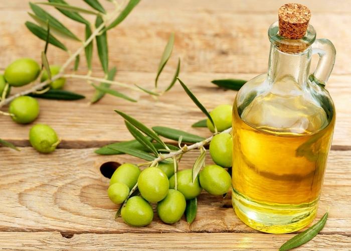 Оливковое масло - это полезно и правильно.