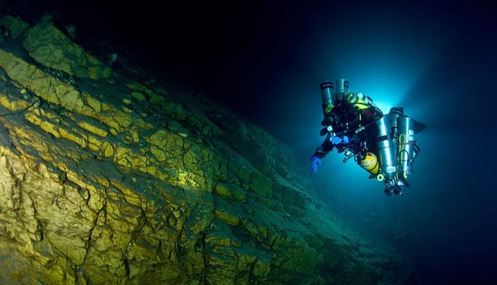Глубоководный дайвинг.