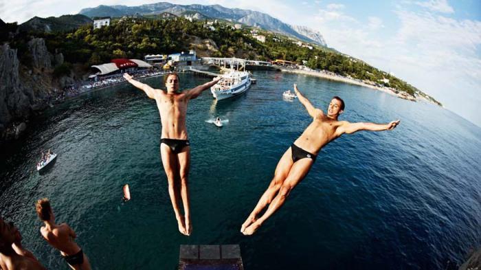 Клиффдайвинг - прыжки со скрытой опасностью.