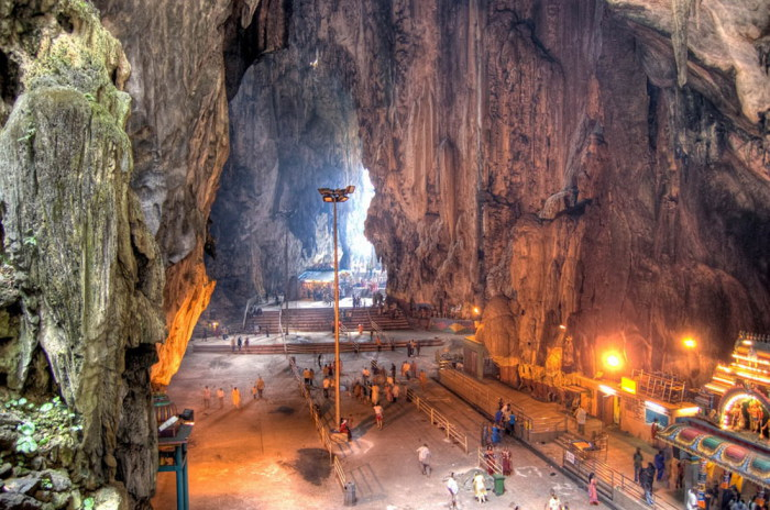 Подземные святилища Бату.