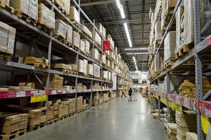 IKEA - компания, где продукция не залеживается на складе.