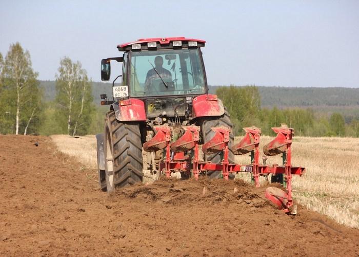 Поле, трактор, парниковые газы...
