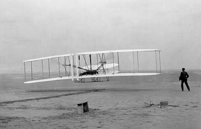 Изменил мир: самолет братьев Райт 1903 года.