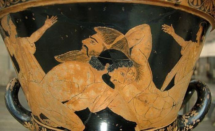 А римляне считали это суеверием.