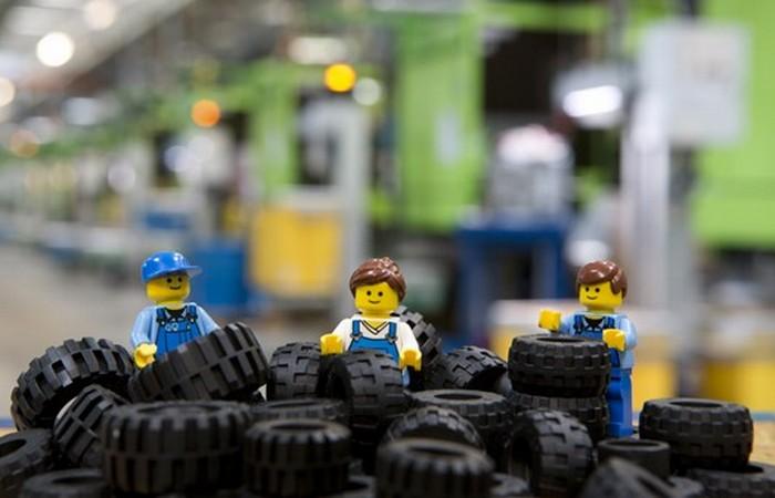 Lego выпускает больше шин, чем Goodyear.